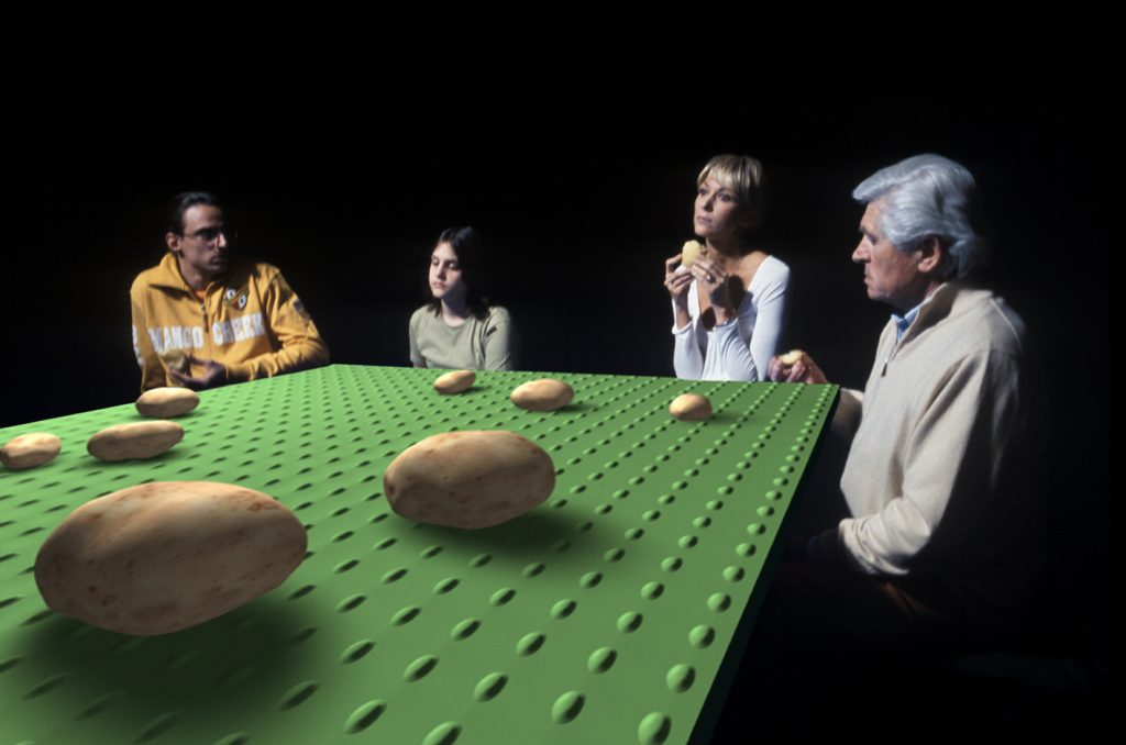 Tavolo verde (I Mangiatori di Patate), 2005, stampa lambda, 70 x 105 cm