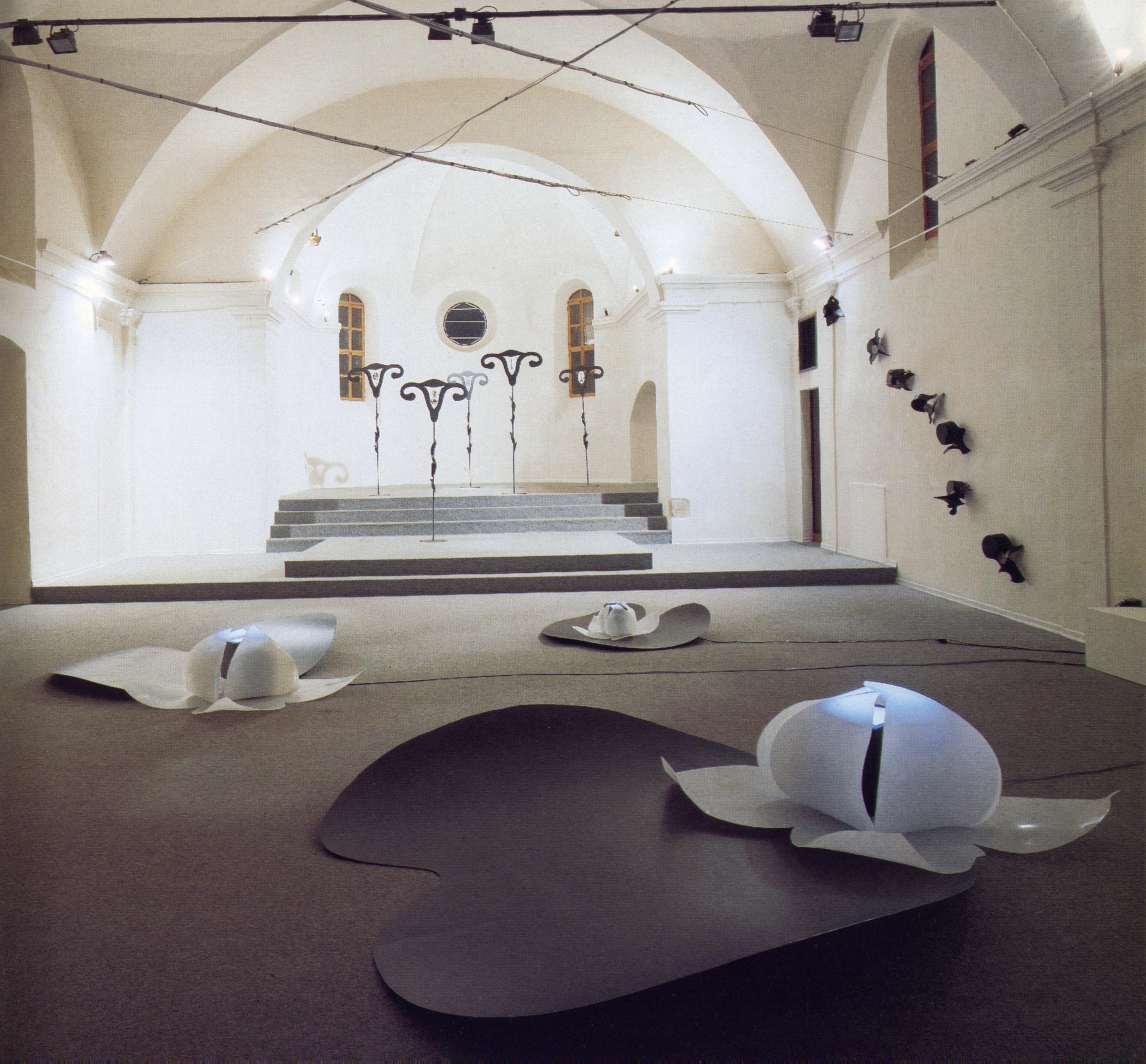 In Corporea Mente, 1993, veduta dell'installazione. Torre del Lebbroso, Aosta, 1993
