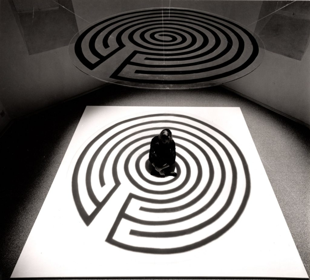 Labirinti, 1990, performance, Torre del Lebbroso, Aosta, 1990 (foto René Monjoie)